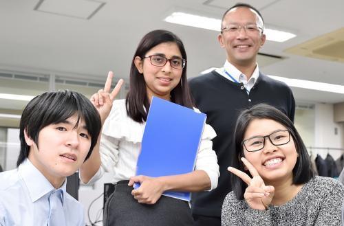 当社社員皆、和気あいあいで楽しく仕事をしています!