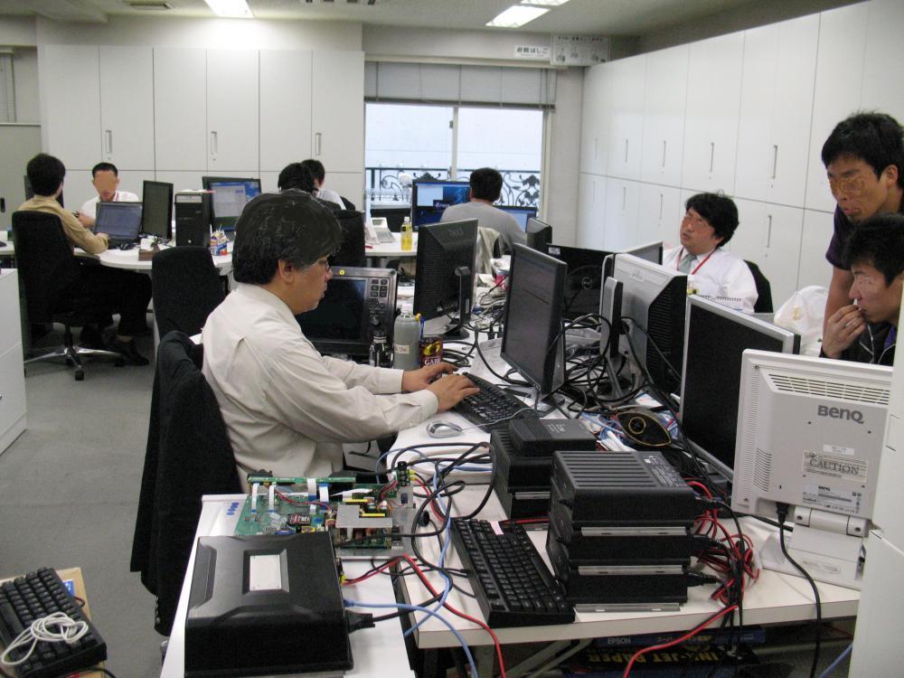 宇宙開発、プラント・ダム等の社会インフラ等に関連するソフトウェア開発に携わります