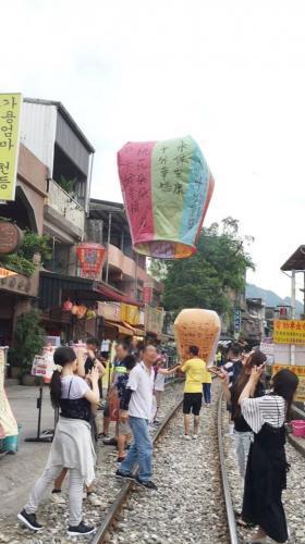 台湾研修旅行。雨が凄かったです。