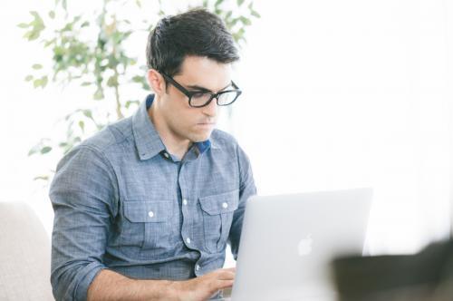 (jQuery、PHPフレームワーク)ソフトウェアエンジニア(メディアグロース)