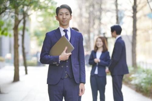 (HRTechプロダクトの提案営業)リーダー候補